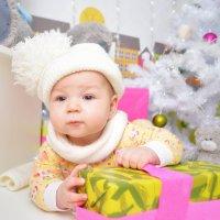 Новогодний снеговичёк :: Ирина