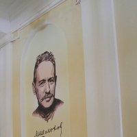 Возле институтской библиотеки. :: Юрий Гайворонский