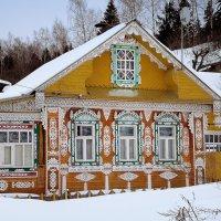 Красивый дом....Плес.. :: leonid