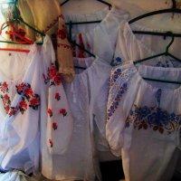 Украинские вышиванки. Музей под открытым небом. Киев. :: Любовь К.