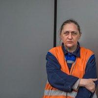 Портрет женщины в рабочей одежде :: Nn semonov_nn