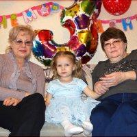 Я с бабушками. :: Anatol Livtsov