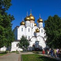 Успенский собор в Ярославле. :: Владимир Безбородов