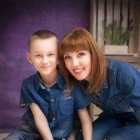 Мать и сын :: Наталья Шатунова