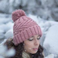 Снежный воздушный поцелуй от Танюши :: Екатерина Лебедева