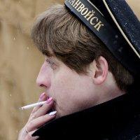 курили матросы папиросы  (из серии 23 февраля) :: ник. петрович земцов