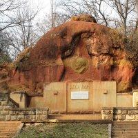 Памятник В.И.Ленину :: Ираида Мишурко