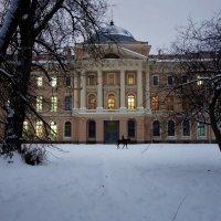 Вечер в саду Академии Художеств... :: Sergey Gordoff