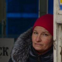кассир (уличный портрет) :: Наталия П