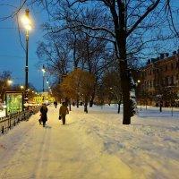 Городские фонари... :: Sergey Gordoff