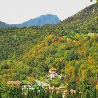 Осенние краски гор :: Николай Танаев
