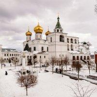 В Ипатьевском монастыре. Кострома :: Павел Кочетов