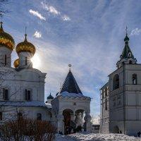 Полдень в Ипатьевском монастыре :: Павел Кочетов