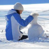 Снежный мартовский кот :: Вик Токарев