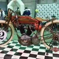 Дедушка Harley-Davidson :: Николай Дони