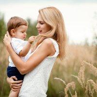 Мама и сын :: Ната Тихонова