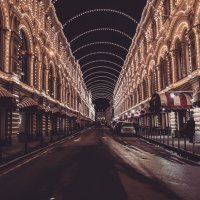 Вечерняя арка ГУМА :: AristovArt