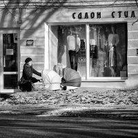 Салон пока не интересен :: Евгений Никифоров