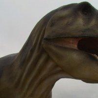 Динозавр. :: Любовь К.
