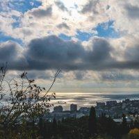 Ялтинское небо :: Виктория Комарова
