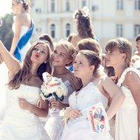 Парад невест. :: Лилия .