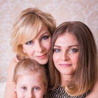 Мама и дочки :: Алёна Райн