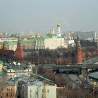 Москва в утренней дымке :: Мила