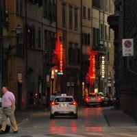 Вечерняя улица во Флоренции :: Татьяна Игнатьева