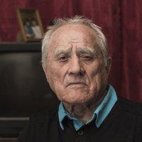 Портрет пожилого мужчины :: Stanislav Zanegin