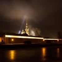 Петропавловка в огнях :: Алексей Корнеев