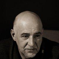 Мужской портрет :: Олег Зацепилов