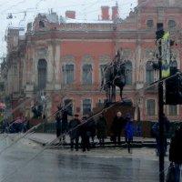 Дождливый Невский. :: Харис Шахмаметьев