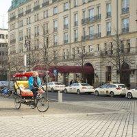 На улицах Берлина. :: Александр