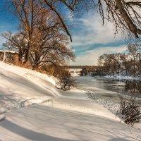 Зимний день. Река Пахра. :: Борис Руненко