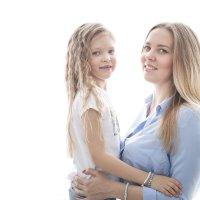 Мамочка с дочкой :: Юлия Шестоперова