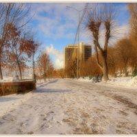Утро на набережной. :: Anatol Livtsov