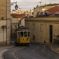 Лиссабонский трамвай :: Вадим Жирков