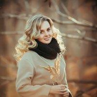 Осенний портрет :: Зинаида Дрим