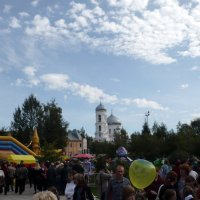 Гуляние в парке в честь 300-летия города. 2009 :: Олег Афанасьевич Сергеев