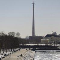 Недостроенная телебашня в Екатеринбурге :: Mc!! .....
