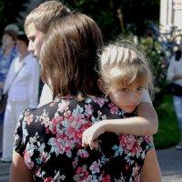 ... мам, пора домой ... :: Дмитрий Иншин