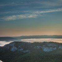 Туманное озеро :: Евгений Зинченко