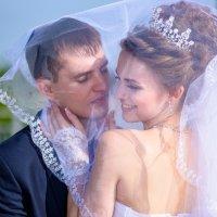 Жених и невеста на прогулке :: iv12