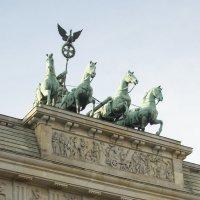 Берлин. Триумфальная арка :: Александр