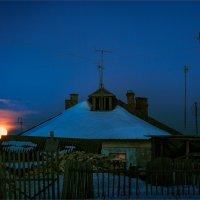 Лунная ночь в деревне... :: Александр Никитинский
