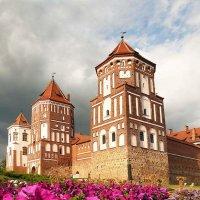 Мирской   замок :: Galina Belugina