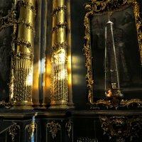 В храме :: Наталья