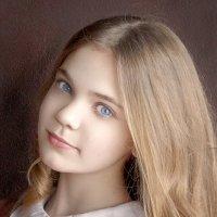 портрет девочки :: Елена Логачева