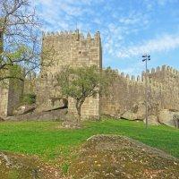 Замок Сан-Мигель в Гимарайнш. :: ИРЭН@ .