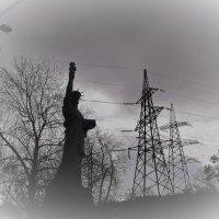 Крым наш! Статуя Свободы наша! :: Елена Ом